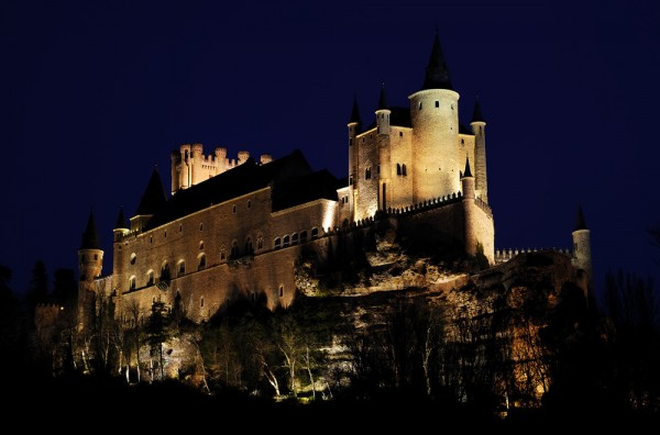 castle alvesaint night